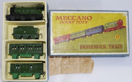 Set 17 Passenger Train